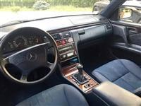 Mercedes-Benz Eleganc