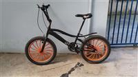 Bicikleta  BMX