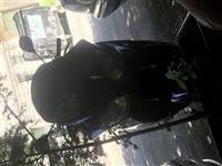 Scuter 125cc i kan mbaruar letrat .
