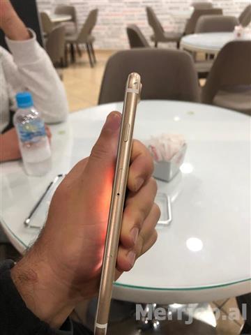 Okazionn-Iphone-7--32gb-gold