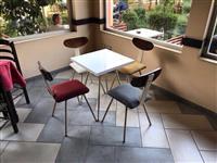 Karrige tavolina