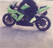 Moto sportiv