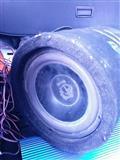 Sistem muzike per makine
