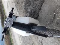 Shes motor honda 100 cc