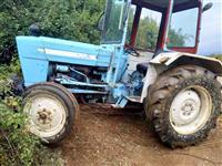 Traktor Ford ''3055''