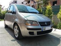Shitet ose nderrohet Fiat Idea 2006