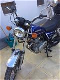 Motor Suzuki GN250