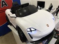 Porsche vetur per femij - Tirane Durres - 200 euro