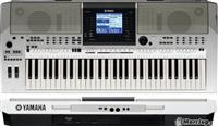 Organo Yamaha PSR OR700.