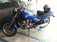 Motociklet Nighthawk sport touring 750cc