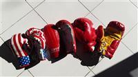 Doreza boksi Jan vetem te kuqet