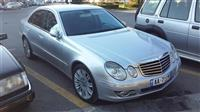 Mercedes E320 -08