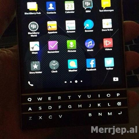 BlackBerry-Passport-330-euro