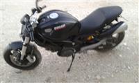 Ducati 750  2015