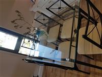 Tavoline ngrenie me karrige