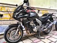 Shitet Honda CBF 1000 CC VITI 2008 , 3200 EURO