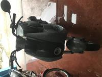 shiten piagjo dhe nje skuter pezho ne super gjendj