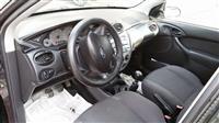 Ford Focus 1.8 nafte 1800 euro cmimi i diskutushem