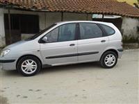 Renault Scenic 1.9 DTI -01