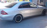 Mercedes 240 -03