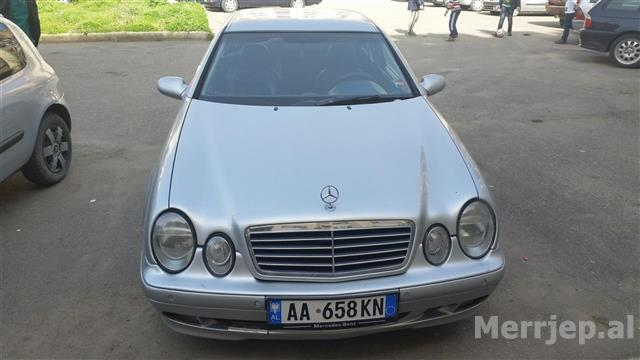 -Mercedes-Benz--clk-320-