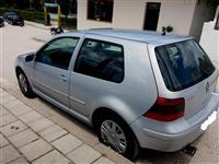 VW Golf 4  1.6 benzine -02