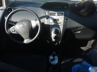 Toyota yaris 1.4 nafte kambio automatike