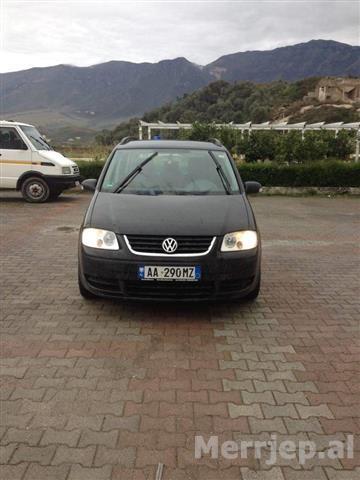 VW-Touran--05