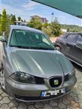 Seat ibiza 2004 ...nafte 1.4 (3 pistona)