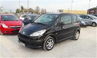 U SHIT  Peugeot 1007 HDi 70 Premium