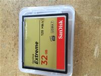 Sandisk extreme 32gb e  re