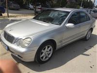 W203 Mercedes benz c220