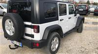 Jeep Wrangler nafte shitet/nderrohet