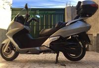 "Shes Honda Silver Wing 600cc ""2500Euro"" 27000Km"