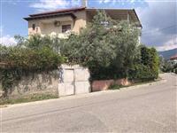 Vila+shtepine ne Elbasan