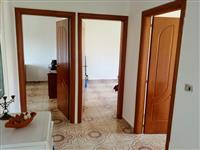 Apartament 3+1 kati i dyte. (34.000 euro)