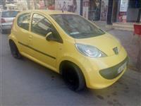 Peugeot 107.1.0BENZIN .2006. 2.800€