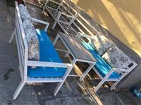 Tavoline + divane per lokal