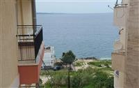 Apartament me pamje nga deti ne shitje,Sarande