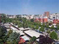 Apartament 3+1 tek lulishtja Durres 73000 euro