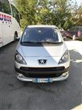 Peugeot 1007 benzin